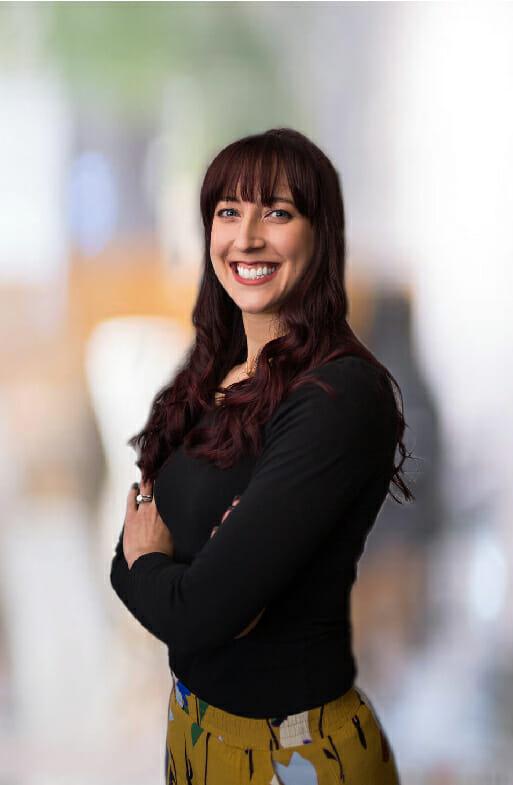 Staff Corinne