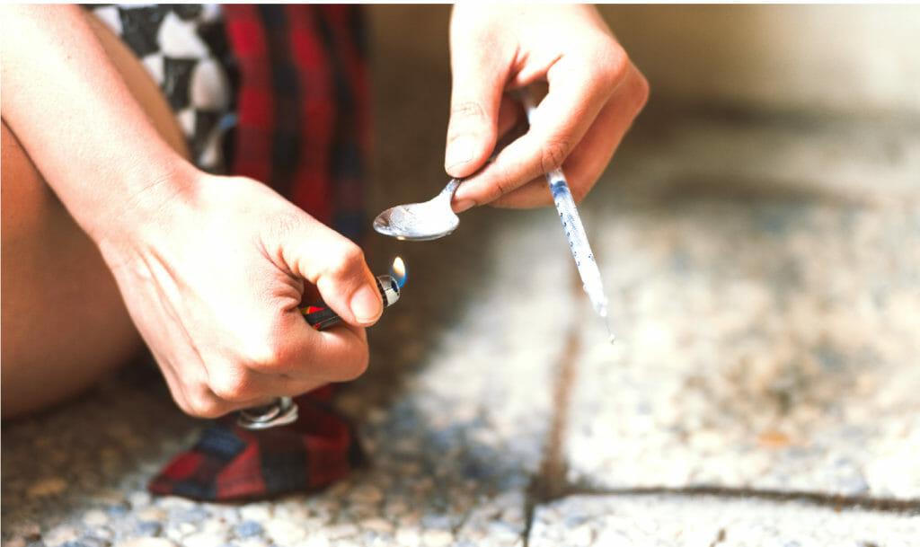 Heroin signs