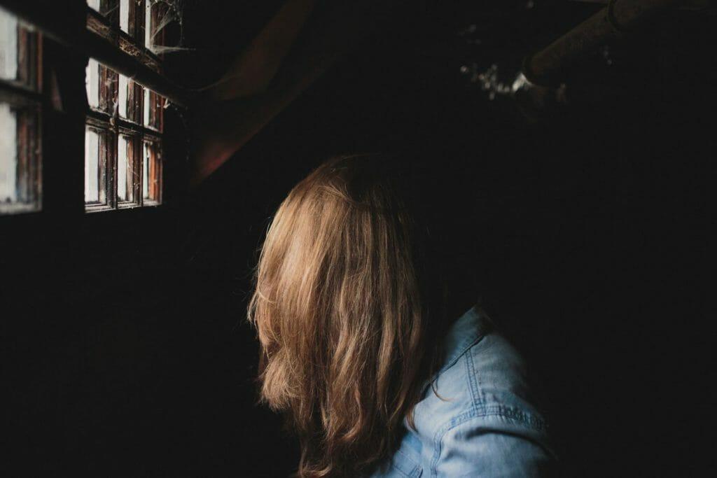 A woman abusing heroin